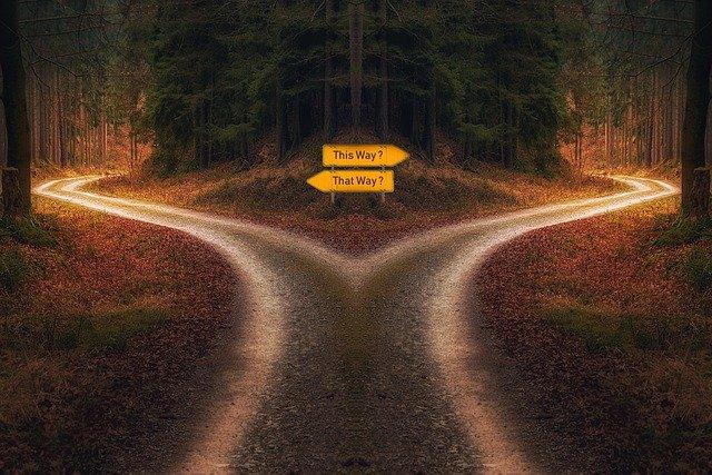 Entscheidungen treffen / PixxlTeufel from Pixabay